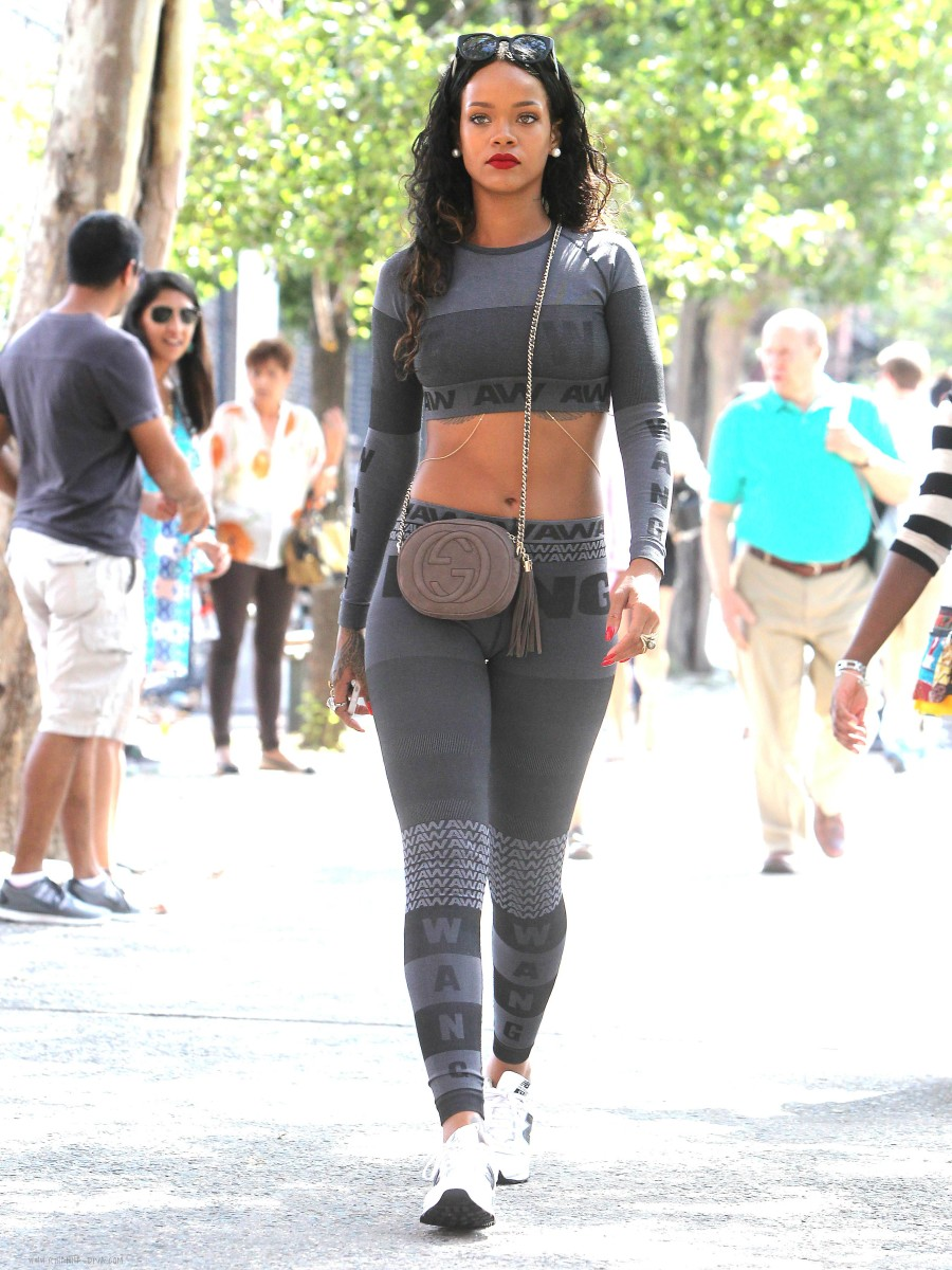 Rihannas-Da-Silvano-Alexander-Wang-for-HampM-Crop-Top-and-Leggings-1-900x1200